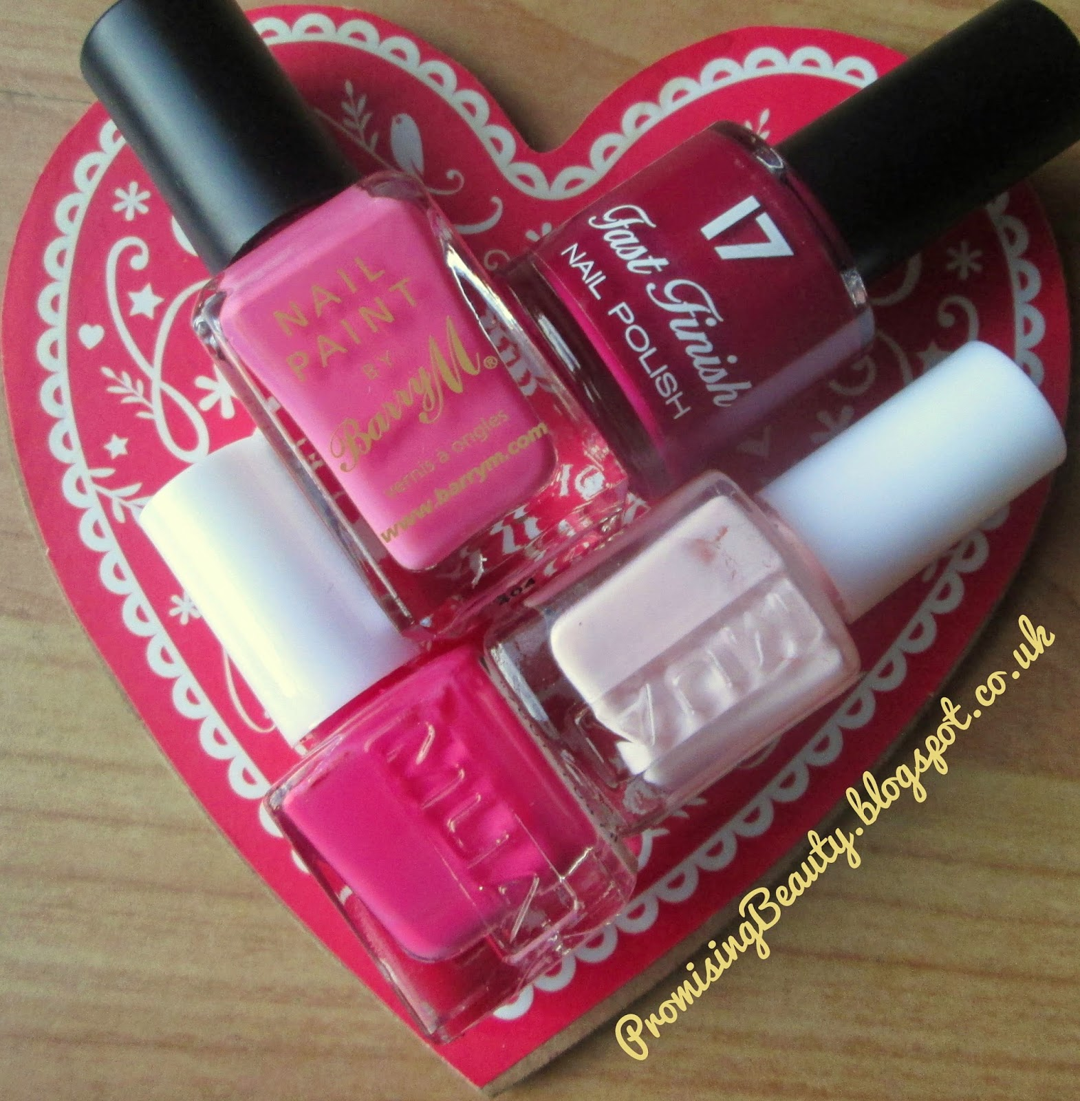 Promising Beauty: Valentine\'s pink ombre nails!