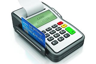 6 Razões para Pagar com Cartão ao Invéz de Dinheiro