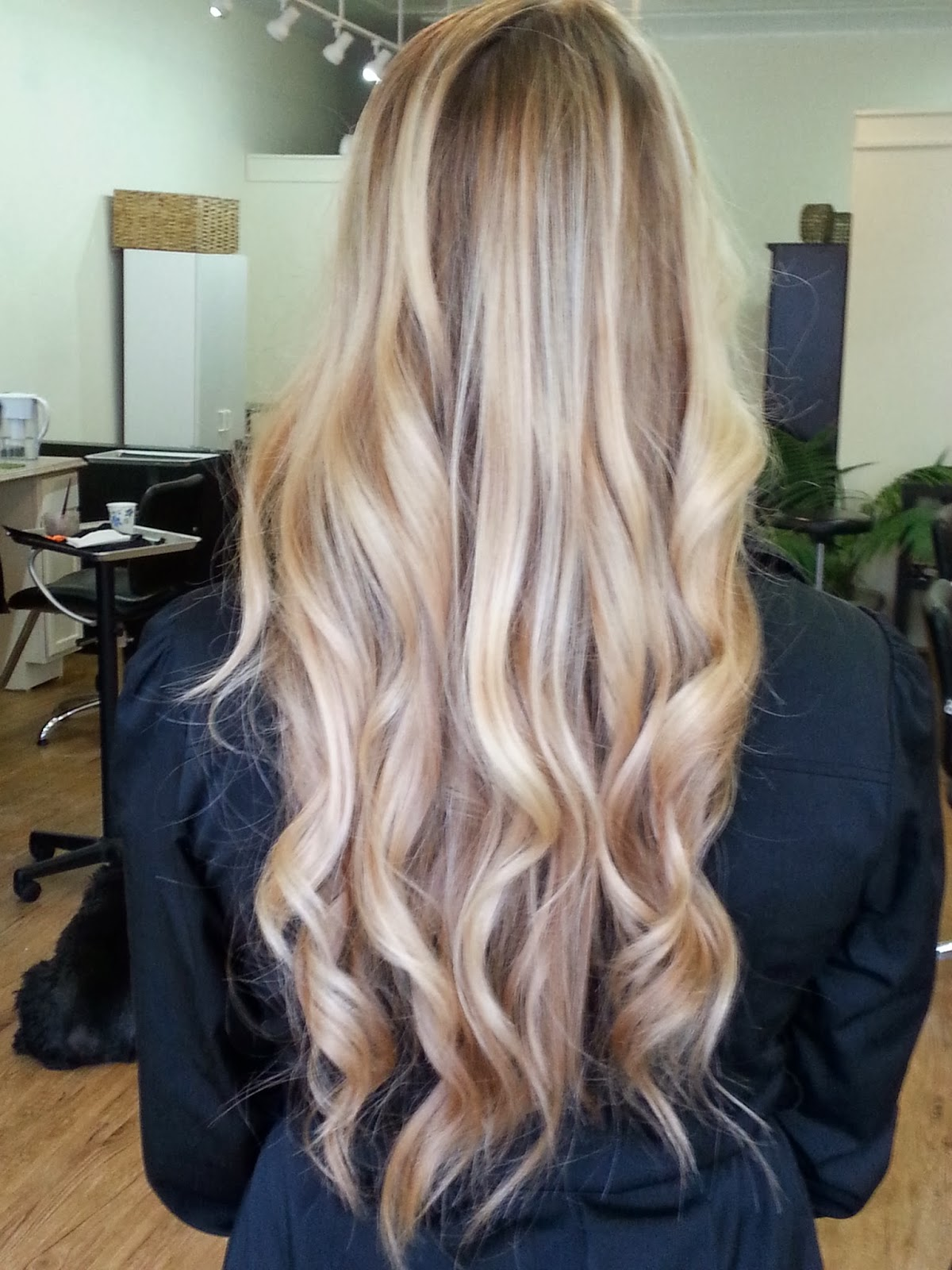 Welcome To Dye By Daquila Specializing In Balayage And