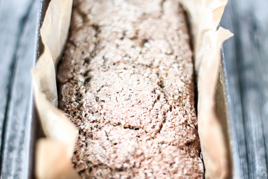 Cracked Rye and Oat Bread