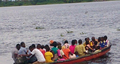 Four dead as Boat capsizes in Lagos state .