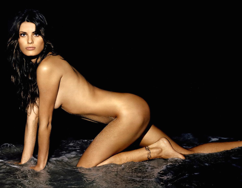 http://3.bp.blogspot.com/-IRwt3ozWzz4/TxRJfXcqRyI/AAAAAAAAAg4/l9TUQkUN8a0/s1600/Demais09204+Isabeli+Fontana.jpg