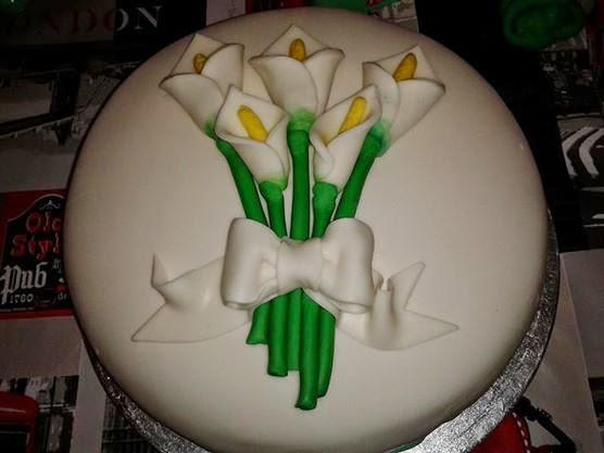 torta con calle per prima comunione
