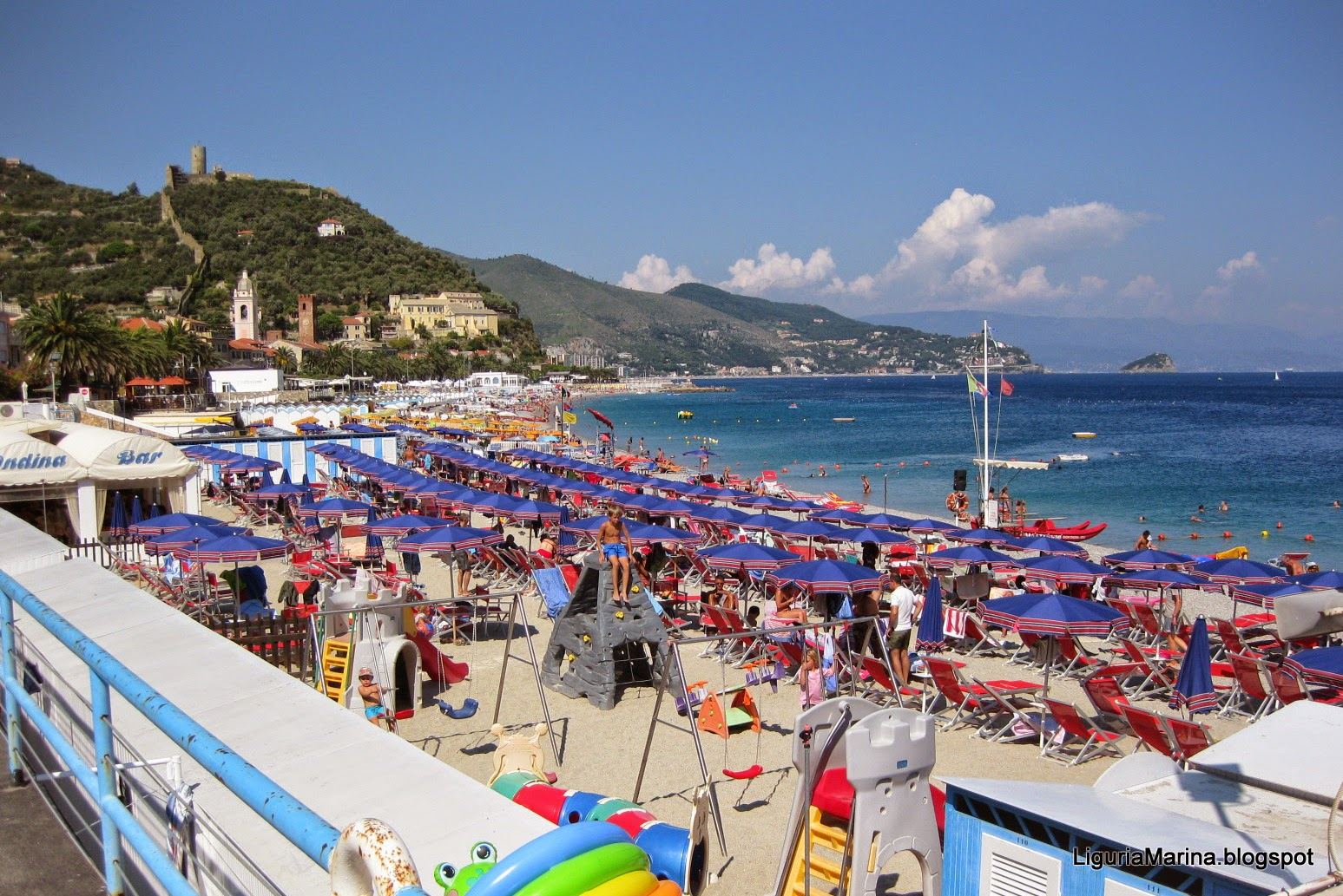 Bagni Blu Beach Vado Ligure : Bagni blu beach vado ligure le migliori idee per la tua design