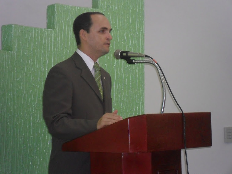Rev. José Leniberto