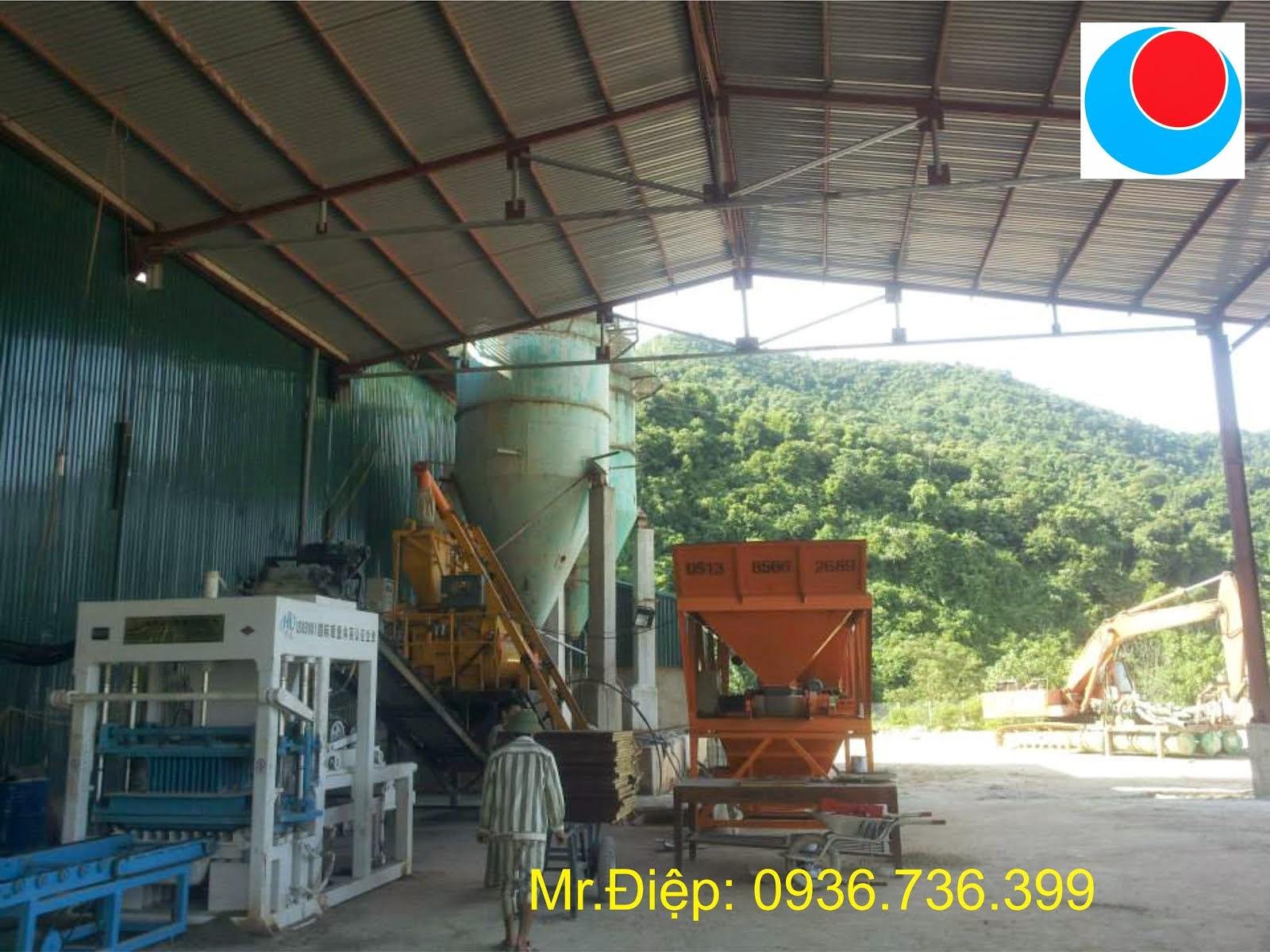 Máy sản xuất gạch khoong nung