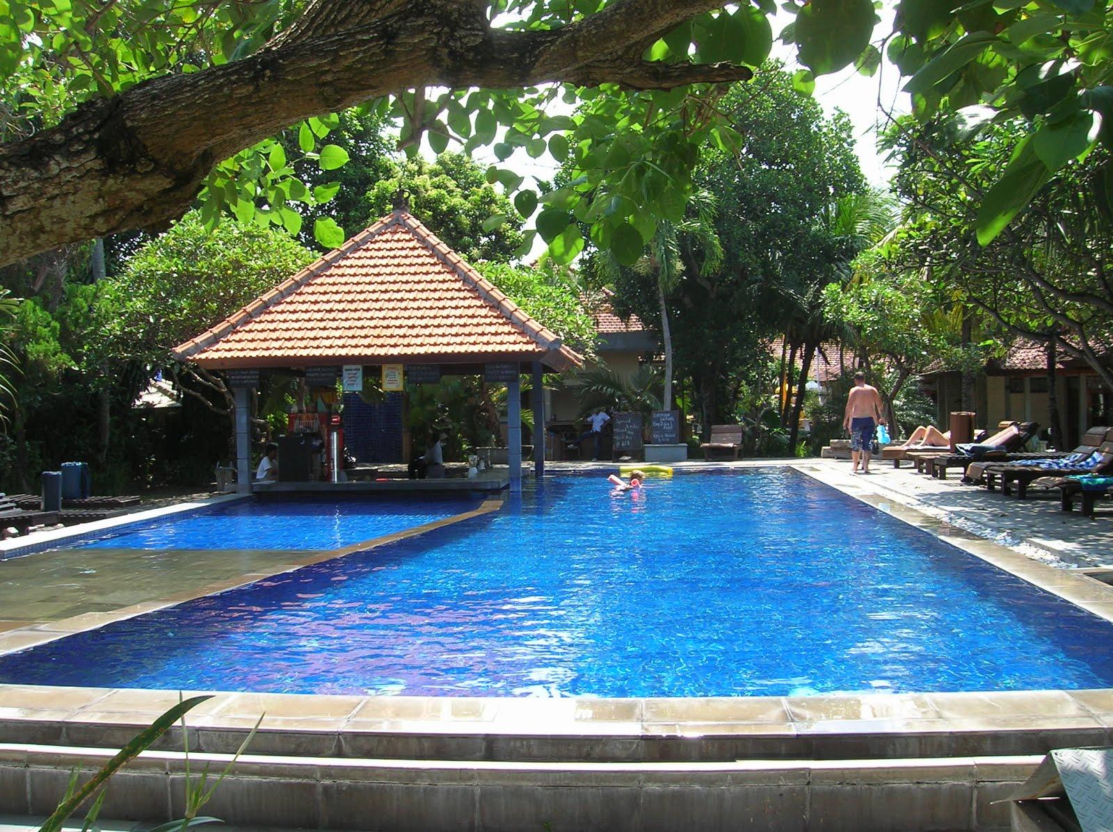 Garden View Legian Cottages, piscina, Bali, vuelta al mundo, round the world, La vuelta al mundo de Asun y Ricardo