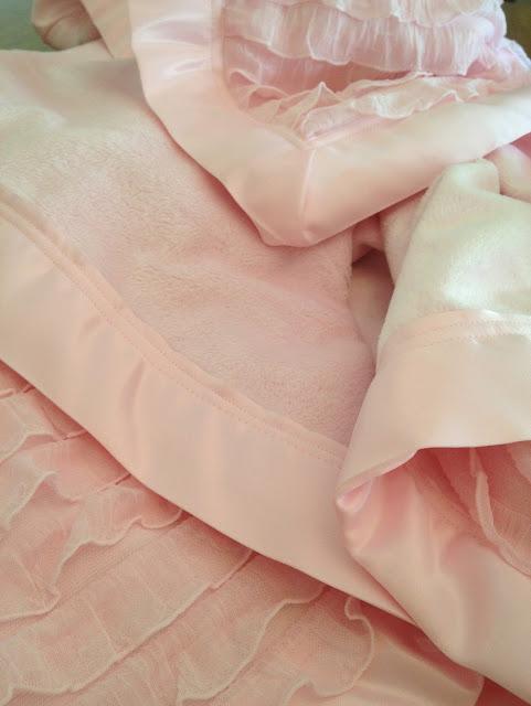 Ruffle Minky Blanket Tutorial