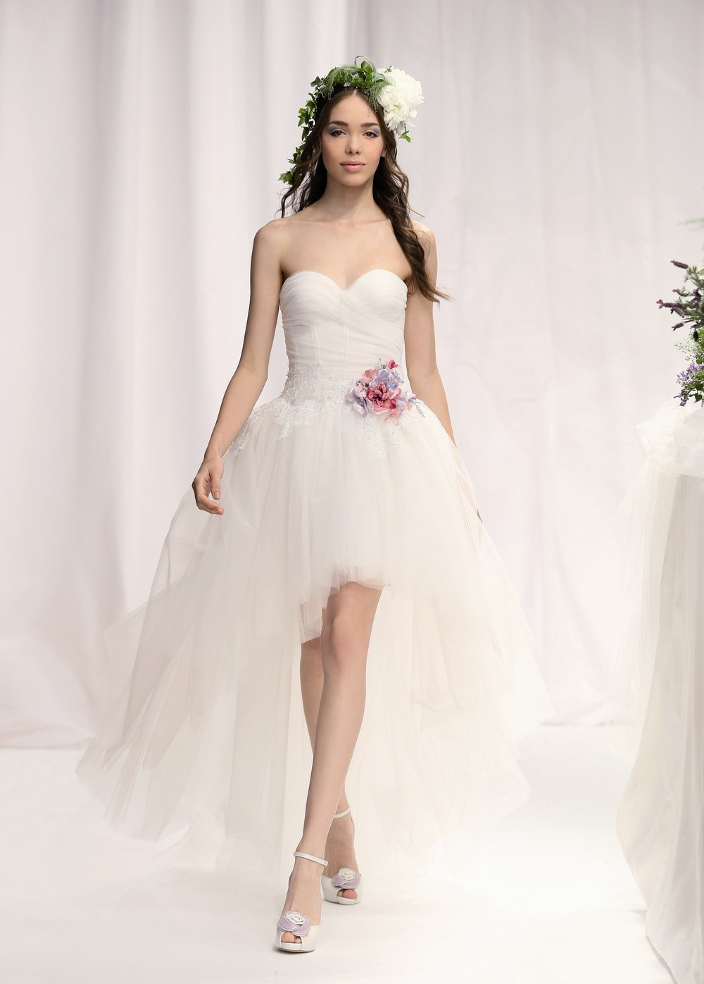 Most beautiful wedding dresses 2012 bridal wears for A pretty wedding dress