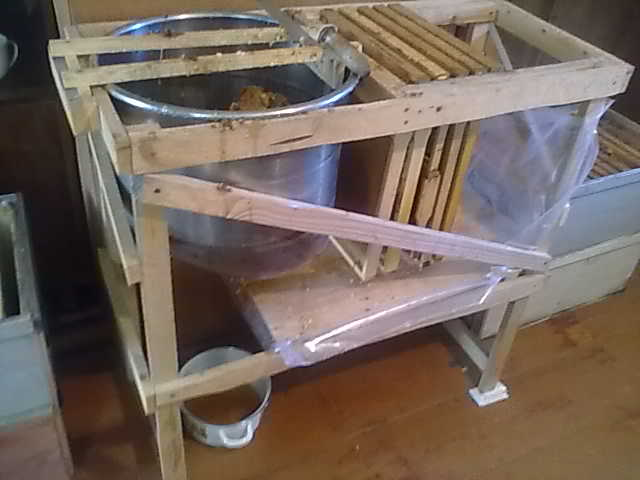 Стол для распечатки сот