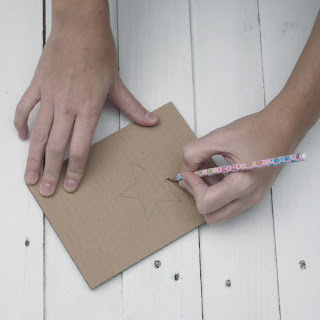 como hacer una estrella de cartón self packaging