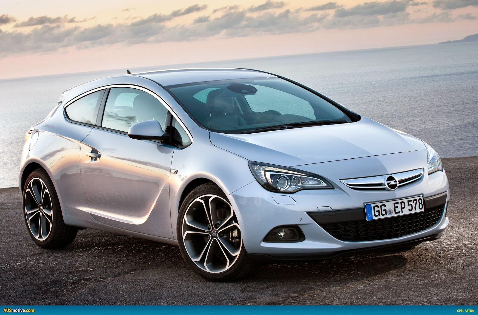 opel astra gtc 2014 the image kid has it. Black Bedroom Furniture Sets. Home Design Ideas