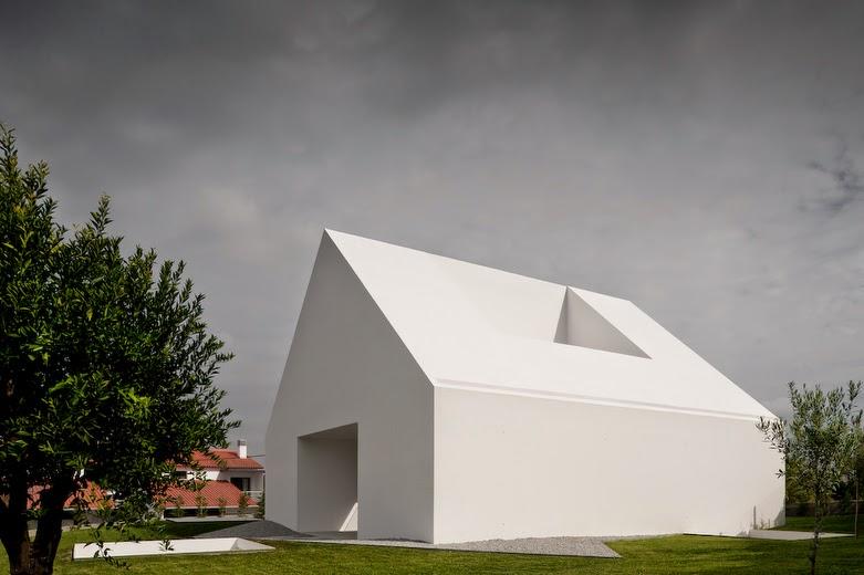 House in leiria portugal aires mateus