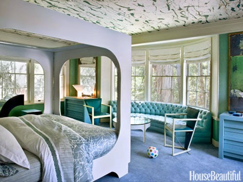 Hampton hostess trending wallpapered ceilings on the rise for Room creator