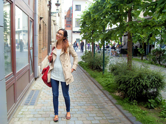 anspach, boulevard anspach, rue du marché à charbon, hipster brussels, giulesss, trench benetton, chunky knitwear, rayban havana, ombre hair, leopard flats