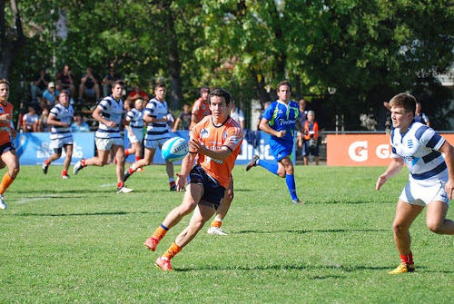 Tucumán M-18 le ganó a Sur y está en semifinales