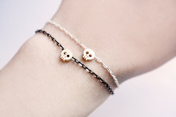 Tiny Skull Gold Bracelet