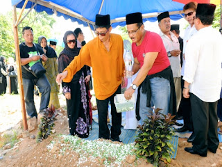 Datuk Abdul Aziz Sattar Selamat Dikebumikan