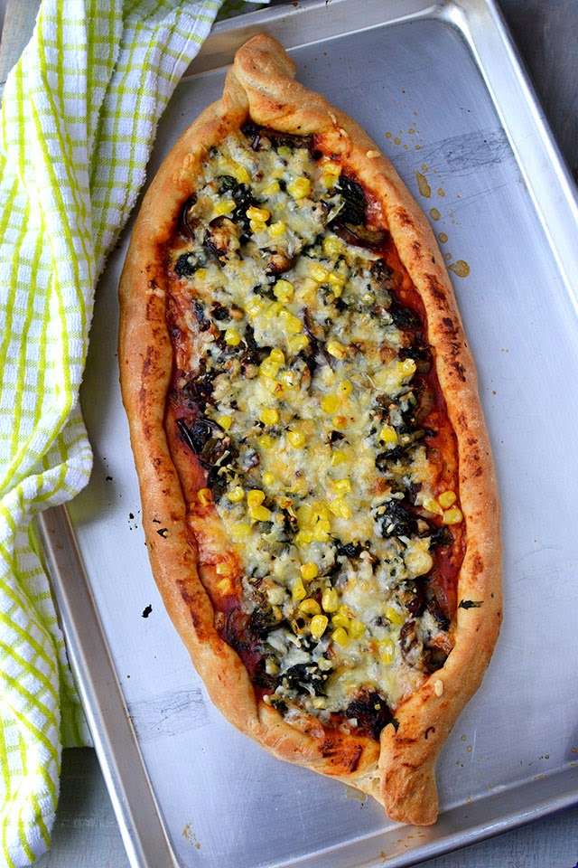 Turkish Pizza Bread (Pide)