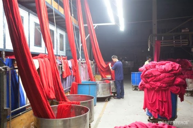 Knitting Fabric Dyeing Process : Textile fiber yarn spinning woven and knit fabric