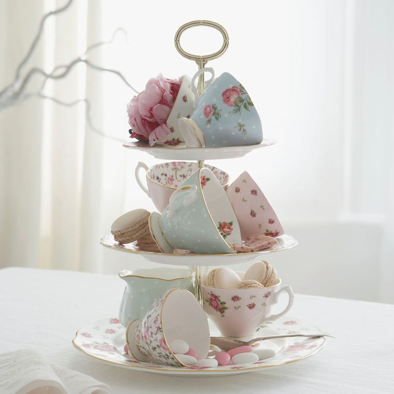 Beautyswot royal albert china vintage themed afternoon for Afternoon tea decoration ideas