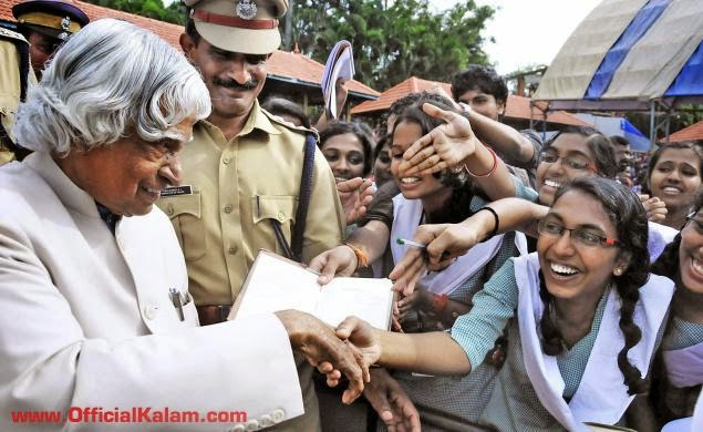 Schoolchildren greet the former President A.P.J. Abdul Kalam at a function in Thiruvananthapuram on Friday. Photo: S. Mahinsha