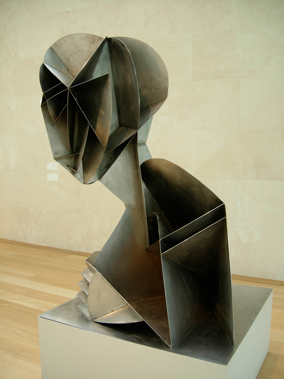 naum gabo Naum gabo at the bauhaus what is kinetic art what does kinetic art mean kinetic art meaning, definition & explanation - duration: 3:02 the audiopedia 708 views.