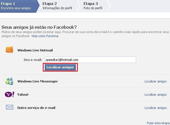 explicando detalhadamente como adicionar contatos de email no facebook