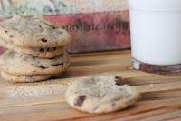 http://zahnfee-im-zuckerrausch.blogspot.de/2012/06/paranuss-schoko-cookies.html