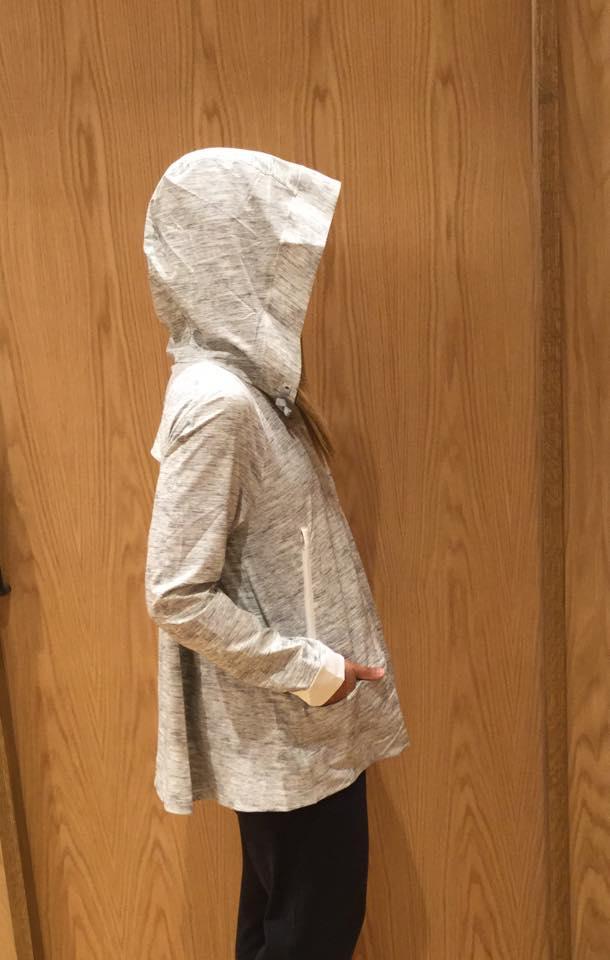 lululemon-sun-showers-jacket wee-space