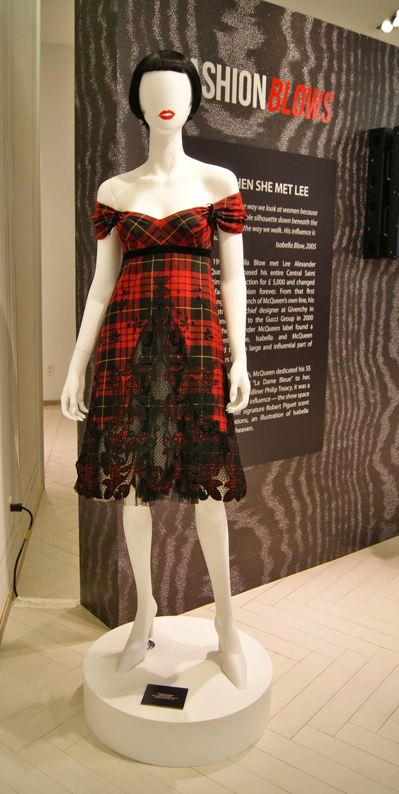 Fashion Blows Exhibit at Hudson's Bay in Toronto, Isabella, Daupne Guinness, Style, Culture, foundation, alexander mcqueen, philip treacy, suicide,the purple scarf, melanie.ps, ontario, canada, the room, tartan dress, fall/winter