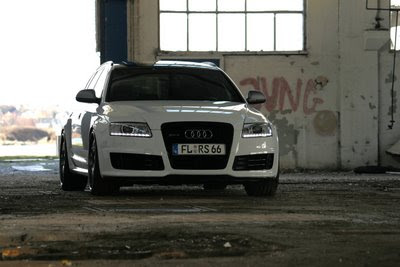 Audi RS6 Avant image