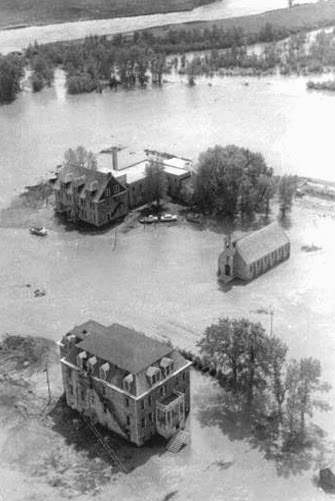 Holy Family Mission during 1964 flood (MT Historical Society archives)