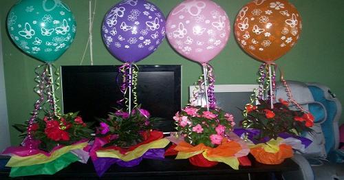 Centro de mesa con globos portal de manualidades - Como hacer centro de mesa ...