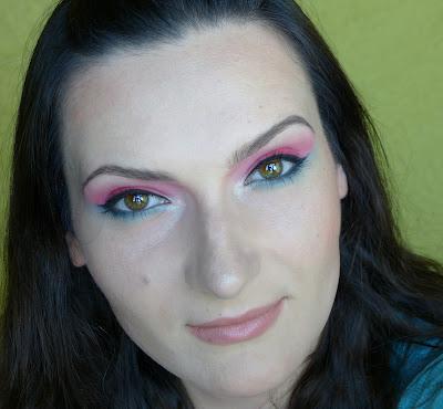 Crazy Mary - makijaż paletką Sleek Curaçao