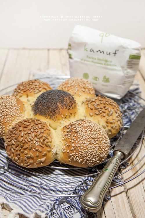 Margherita di pane al kamut con semi
