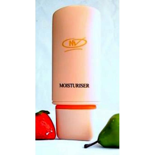 http://3.bp.blogspot.com/-IVKa4bCfc1U/UMhmU6xWhRI/AAAAAAAAFAY/KbPGPKSCaMk/s1600/moisturiser+(1)-600x600.jpg