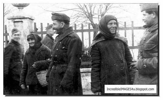 German soldiers with Russian women