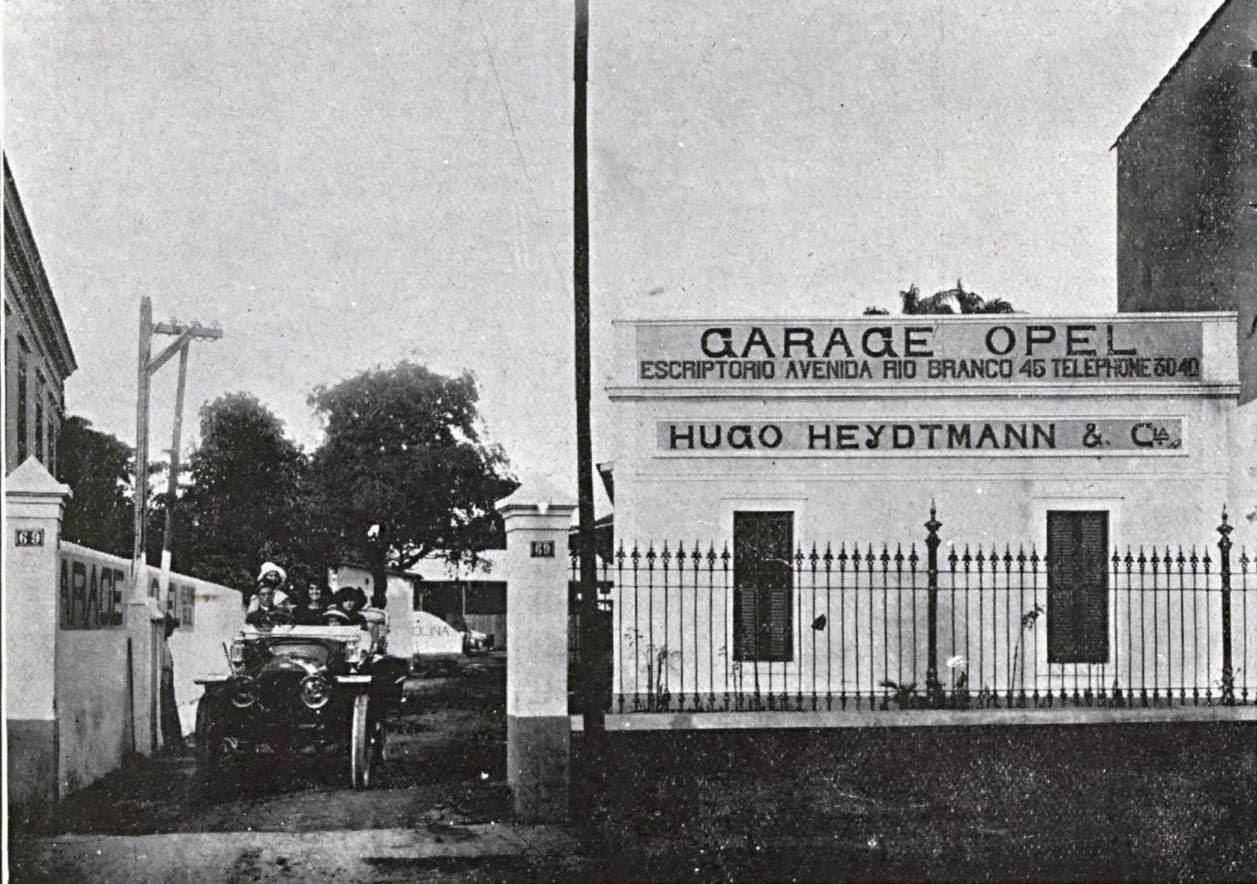 Antigos verde amarelo garage opel em 1912 for Garage opel bastia
