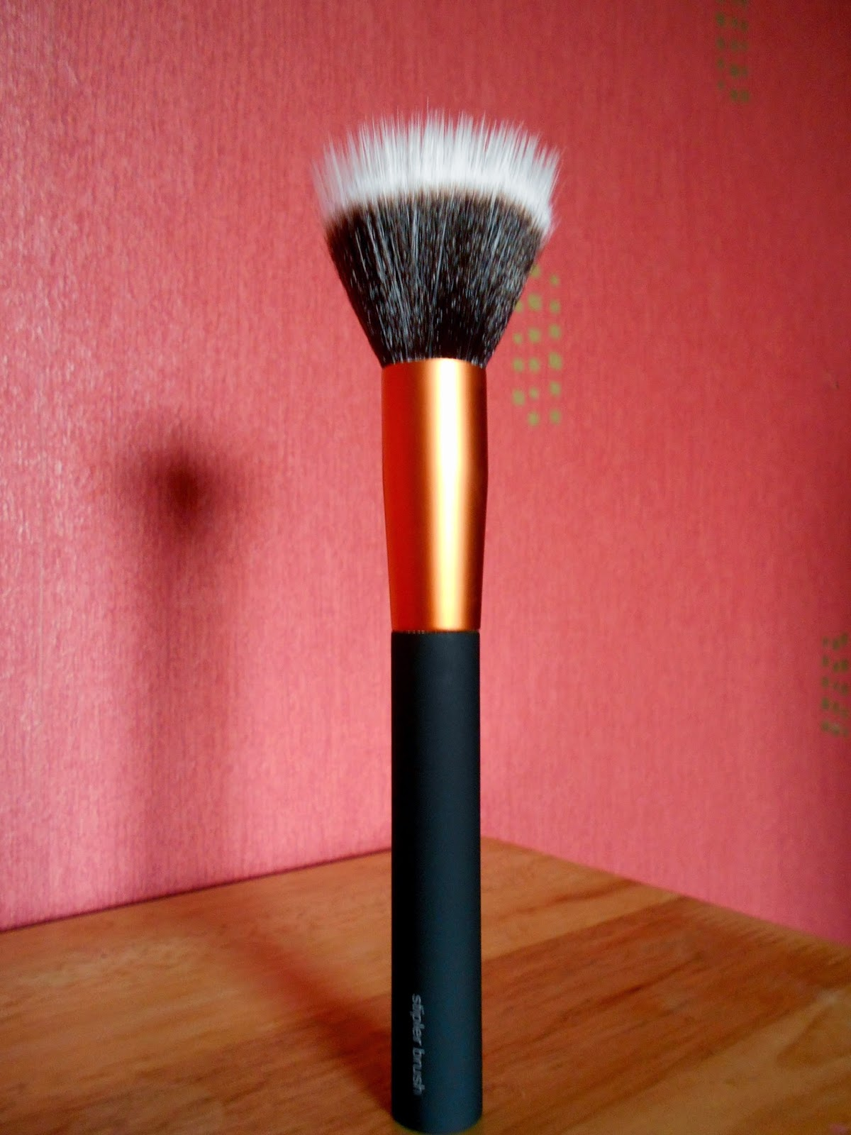 Wilkinsons Make-up Brushes - Stippler Foundation Brush
