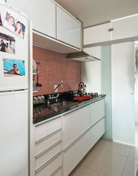 Ideias para uma cozinha com pastilhas vermelhas casa e - Armario de 2 50 metros ...