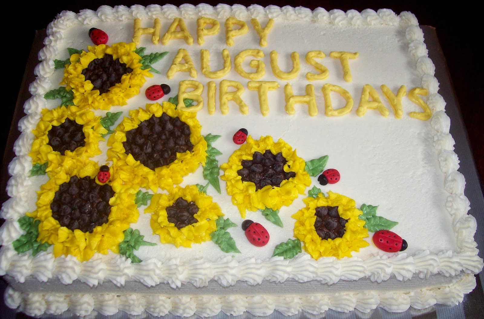 August Birthday Cake August birthdays cake