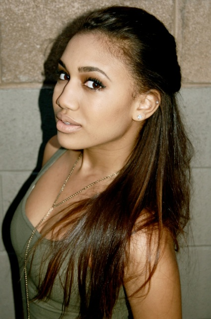 Paige Hurd Nude Photos 25