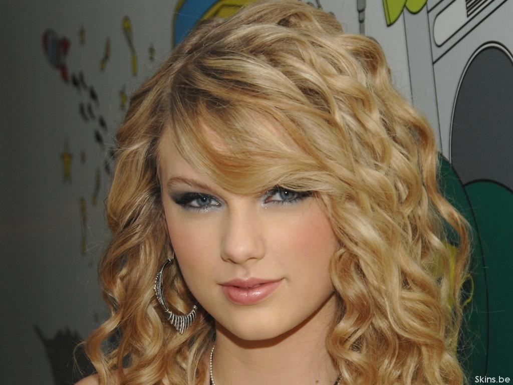 http://3.bp.blogspot.com/-IW2U1aiVnmI/TgDWzzi16iI/AAAAAAAABdM/c9Fsu2OoMT0/s1600/Taylor-Swift-taylor-swift-4200934-1024-768.jpg