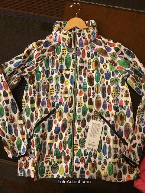 lululemon-2015-sea-wheeze-expo-merchandise bug-miss-misty