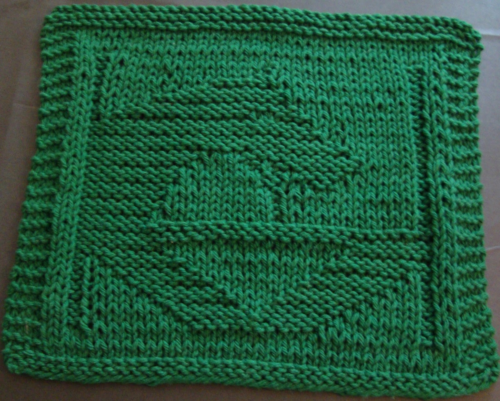 Knit Dishcloth Pattern Horse : DigKnitty Designs: Stabled Horse Knit Dishcloth Pattern