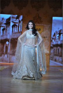 mijwan fashion show 2011
