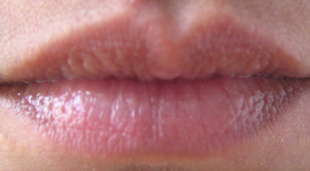 Lip swatch with Labello Glamorous Gloss Natural