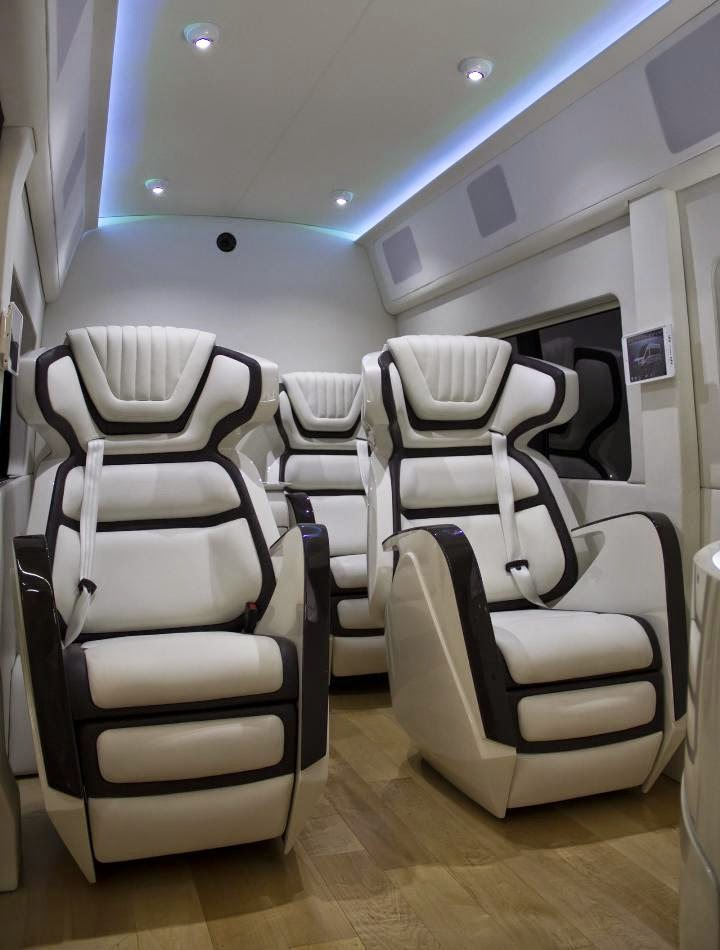 Video 2015 Ford Transit Skyliner Concept in New York with luxurious Van interior
