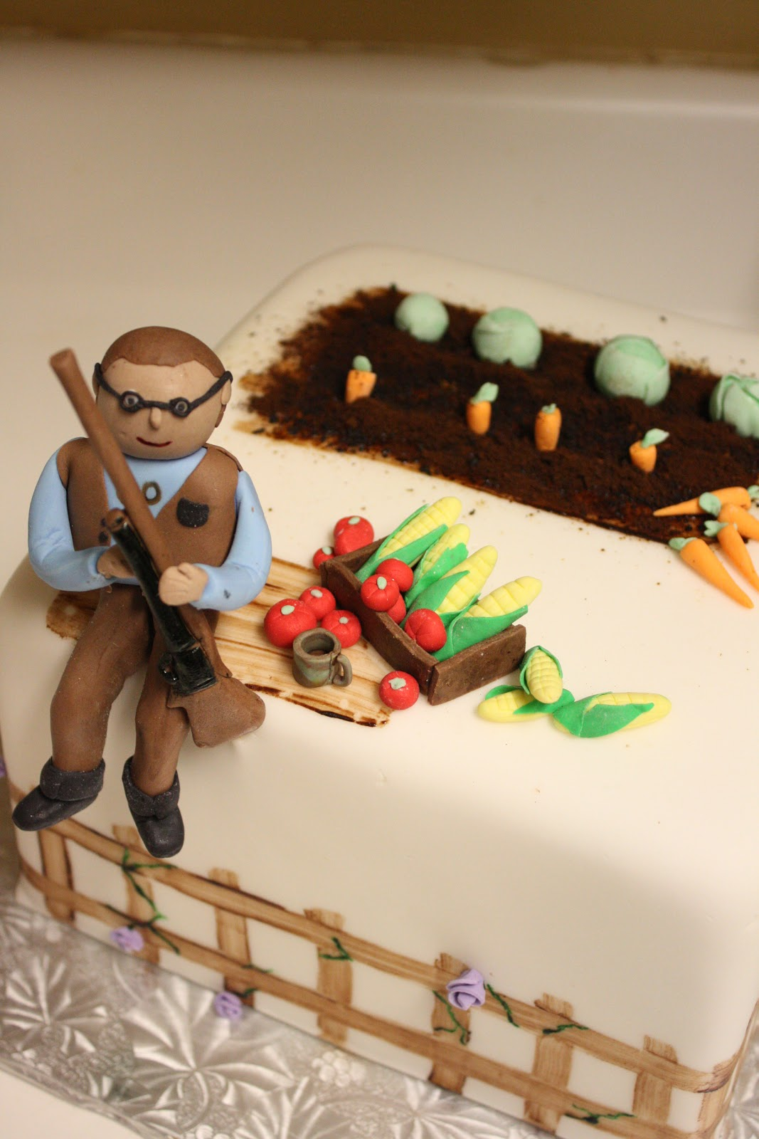 Dream Of Cakes Gun And Garden Birthday Cake Guest Post By Michal